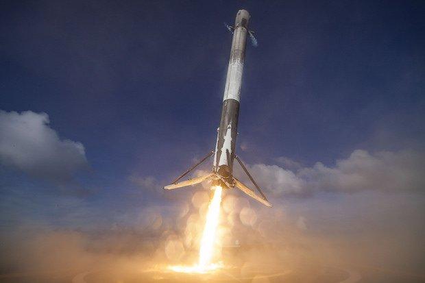 Впервый раз SpaceX запустила вкосмос доэтого использованную ракету
