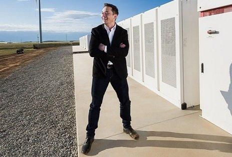Строительство крупнейшего на планете энергохранилища идет с опережением сроков — Tesla Inc.