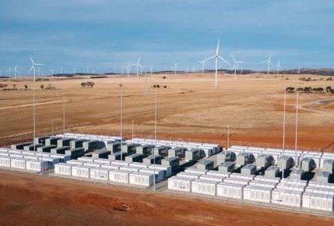 Tesla Powerpack в Южной Австралии запущена в эксплуатацию