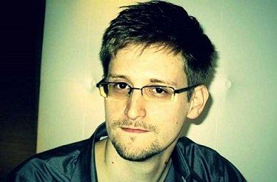 Э. Сноуден представил приложение, позволяющее превратить смартфон в антишпионское устройство
