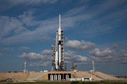 Компания SpaceX добилась нового триумфа  вкосмических запусках