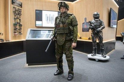 Разработчики «Ростеха» представили экзоскелет, который будет использоваться солдатами будущего