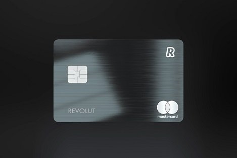 Revolut представил первую криптовалютную металлическую карту