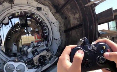 Инженеры The Boring Company используют для управления оборудованием джойстик