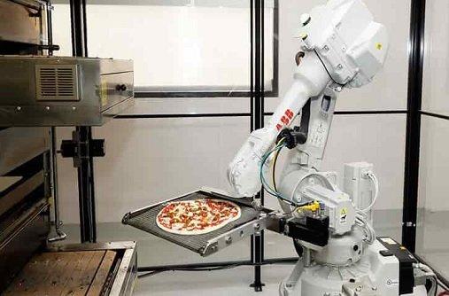 Названы профессии, которые станут жертвами роботизации