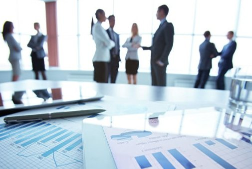 Зарубежные инвесторы ухудшили оценки делового климата в РФ в два раза