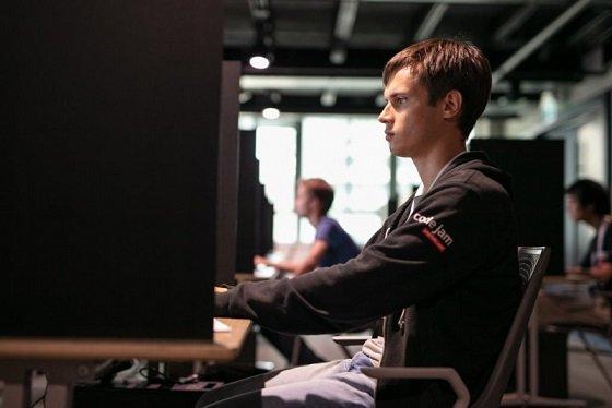 Российский студент в шестой раз признан лучшим программистом планеты