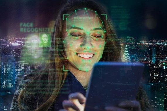 «Ростелеком» представил решение, позволяющее оплачивать покупки с помощью изображения лица