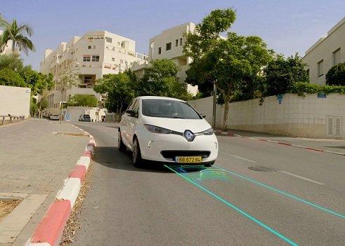 В Швеции и Израиле проложат заряжающие электрокары автодороги