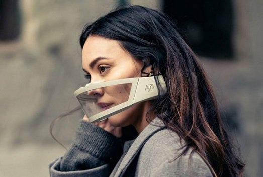 Разработчик необычной маски привлек 1,8 млн USD