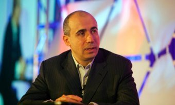 Yuri Milner supports theoretical physics