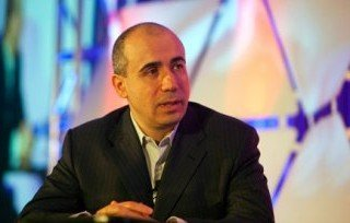 Yuri Milner increases the number of nominations in physics