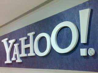 Yahoo Company intends to acquire Hulu video service